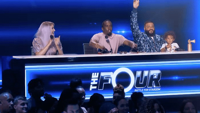 IT'S SHOWTIME!!!! #TheFour https://t.co/WAFoh7DOhf