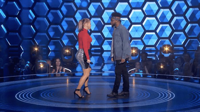 RT @TheFourOnFOX: Nobody gets hype like @Fergie-Ferg! #TheFour https://t.co/oKvdBU6A2I