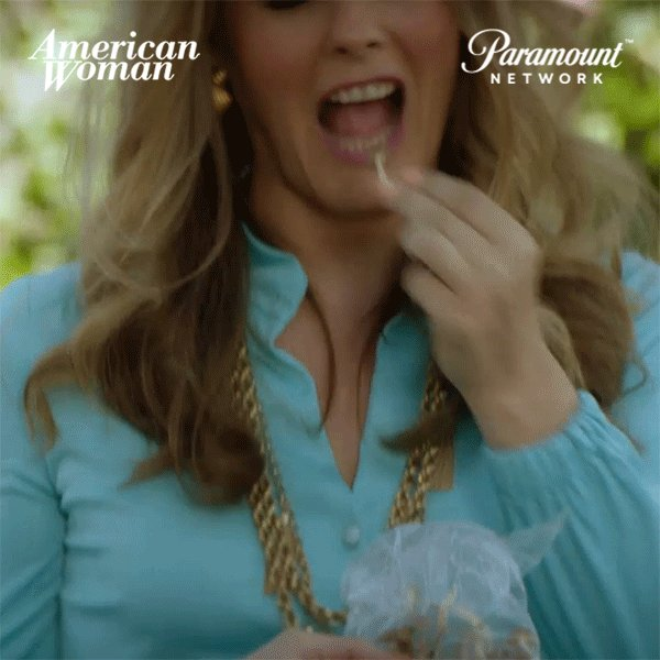 RT @americanwomantv: It's picnic time! #AmericanWomanTV @AliciaSilv https://t.co/PL80OJgOSu