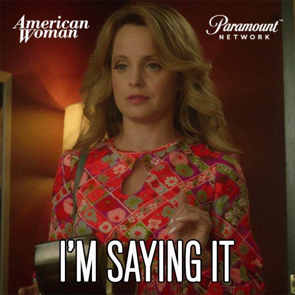 Yes! #AmericanWomanTV @MenaSuvari https://t.co/yzI0BKdYcl