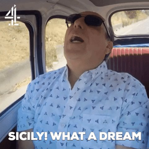 When you realise #JamieCooksItaly is back on @Channel4 in 5 minutes… https://t.co/dOpkJnLfCM