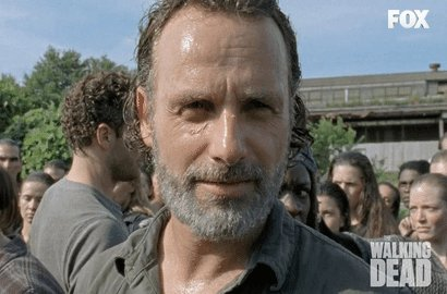 Happy birthday to me and my birthday twin Andrew Lincoln!