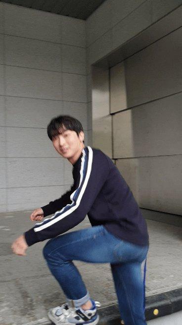 올라갈때도 귀여움ㅋㅋㅋ #박강현  #웃는남자 퇴근길