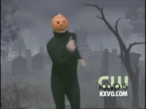 It's officially spooky season bitches🎃 C08JzTbd7l