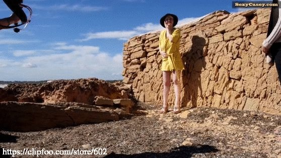#outdoors #bigboobs #bigtits #prettypussy watch this clip at bGJybGwdF2 Fp