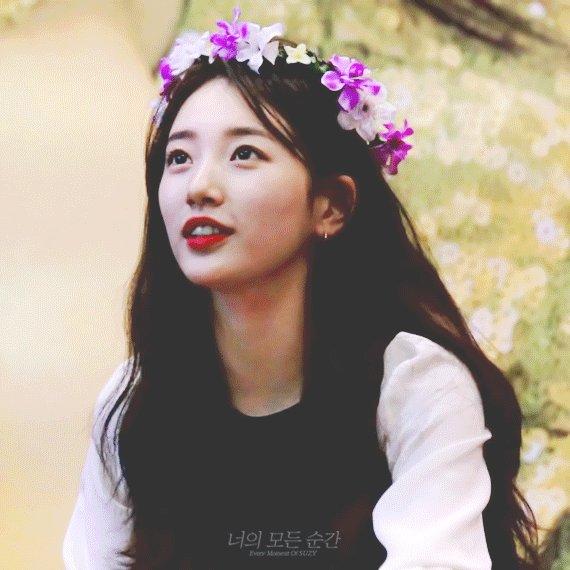 RT @baesuzyspics: the prettiest flower 🌸 #HAPPYSUZYDAY #10월의선물수지야생일축하해 https://t.co/SKmgqyXwEm