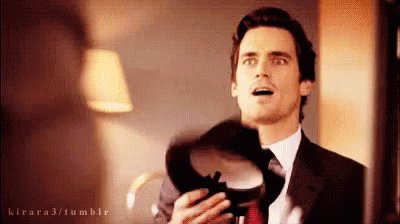 Happy birthday to Matt Bomer! Always my favourite art thief.