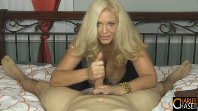 The next 10 people who JOIN my snapchat will receive my BRAND NEW #HANDJOB video FREE! G5yQVc4Ijf