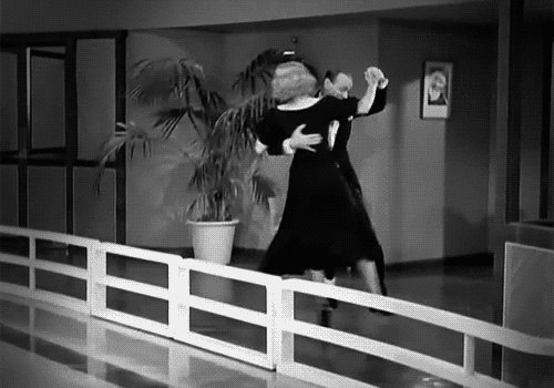 RT @distractedfilm: TAKE A GINGER ROGERS / FRED ASTAIRE MOMENT: https://t.co/UREggJWHwX