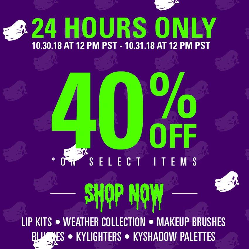 my halloween 40% off flash sale starts now!! https://t.co/bDaiohhXCV https://t.co/jcBT1kPMgl
