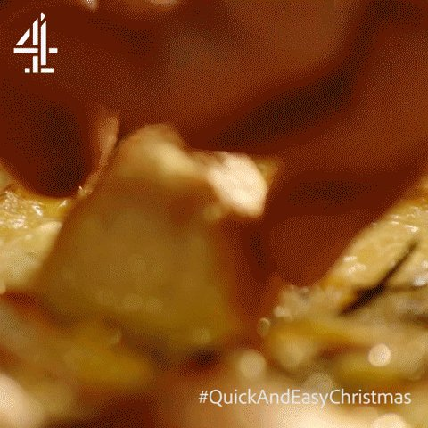 That dunk though… #QuickAndEasyChristmas https://t.co/hDH8hbucRB