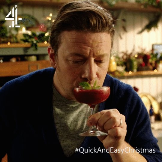 One for Jamie, one for #FatherChristmas! ????   #QuickAndEasyChristmas https://t.co/a6tQGPaFMv