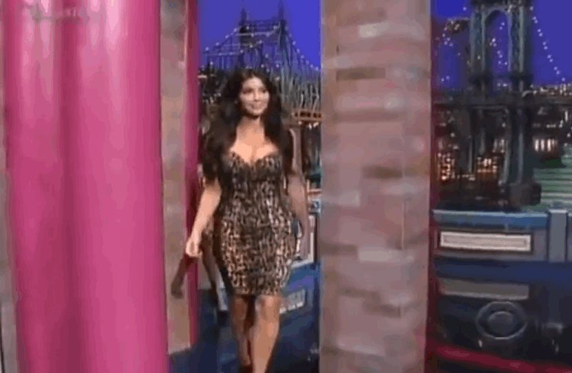 RT @narcicismo: don't forget to watch the Kardashians sisters tonight on #WWHL! it's gonna be epic. https://t.co/NdD6tJXxMg