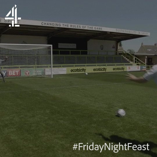 ???? #FridayNightFeast https://t.co/u2620cBGZ5