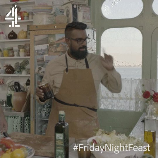 That awkward moment when you seductively shake your olive oil... at your mum. @RomeshRanga   #FridayNightFeast https://t.co/Xd3Ww97qc0