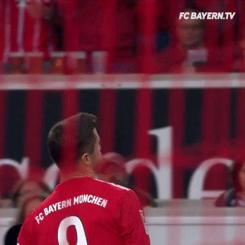 RT @lewy_official: #Bundesliga is BACK⚽💪 @FCBayern https://t.co/d6ebp8GG7Q