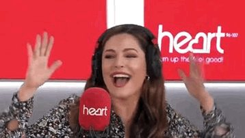 RT @thisisheart: Walking into work on a Friday like... ???????????????????? #tgif @IAMKELLYBROOK https://t.co/9QLDDHNLWe