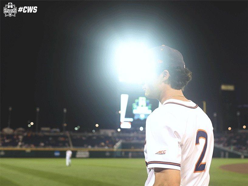 All of the lights!  #CWS x @UVABaseball https://t.co/pFI1iTvDj4