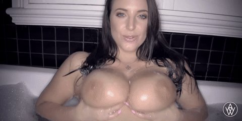 #365DaysOfAngelaWhite 2020! Day 49: #TittyTuesday!   #Boobs #AngelaWhite #AngelaWhiteFans