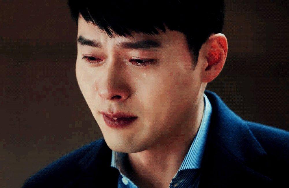 the pain and relief... 🌬  #crashlandingonyou • #hyunbin