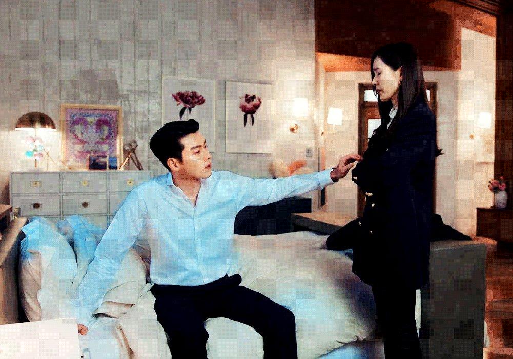 the married vibe of a supportive husband 🤍  #crashlandingonyou • #hyunbin • #sonyejin