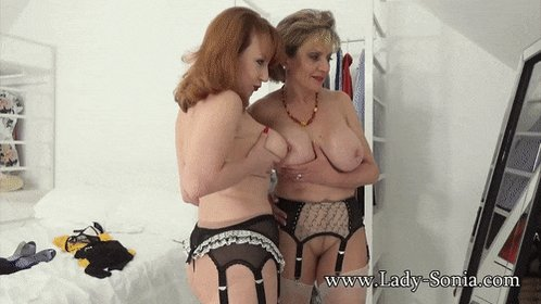 You have to admit it; you're seriously addicted to big MILF tits aren't you....? @GillEllisYoung1 @red_mistress