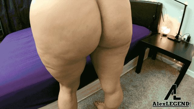 Sexy Latina With A Huge Ass Carmela Clutch Takes The French Baguette! Exclusively on