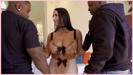 Classic teamwork from @ANGELAWHITE w. @PrinceYahshua & @itzmericostrong. New sc. @JulesJordan sc. dropped May 31