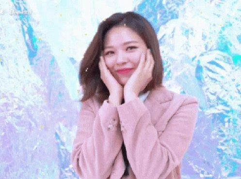 [📰]  #Jeongyeon não comparecerá ao Soribada Awards 2020 com #TWICE devido ao estado de saúde dela. JYPE diz que todos os esforços serão feitos para que ela possa se recuperar o mais rápido possível.  #GetWellSoonJeongyeon