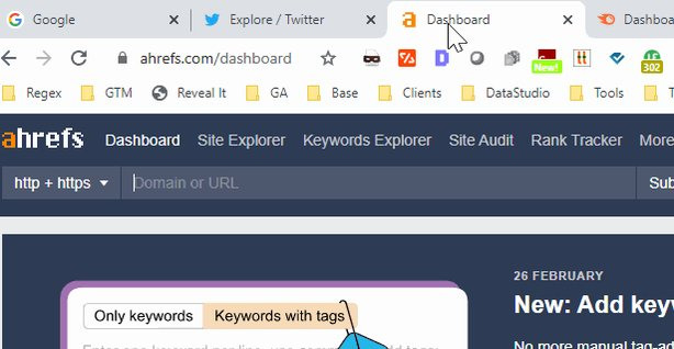 I knew you could add tabs to a group in Chrome, put @hellokrystalwu just showed me how to pin a tab to show just the little favicon and nothing else #TabHoarder https://t.co/cOWqlQLhds