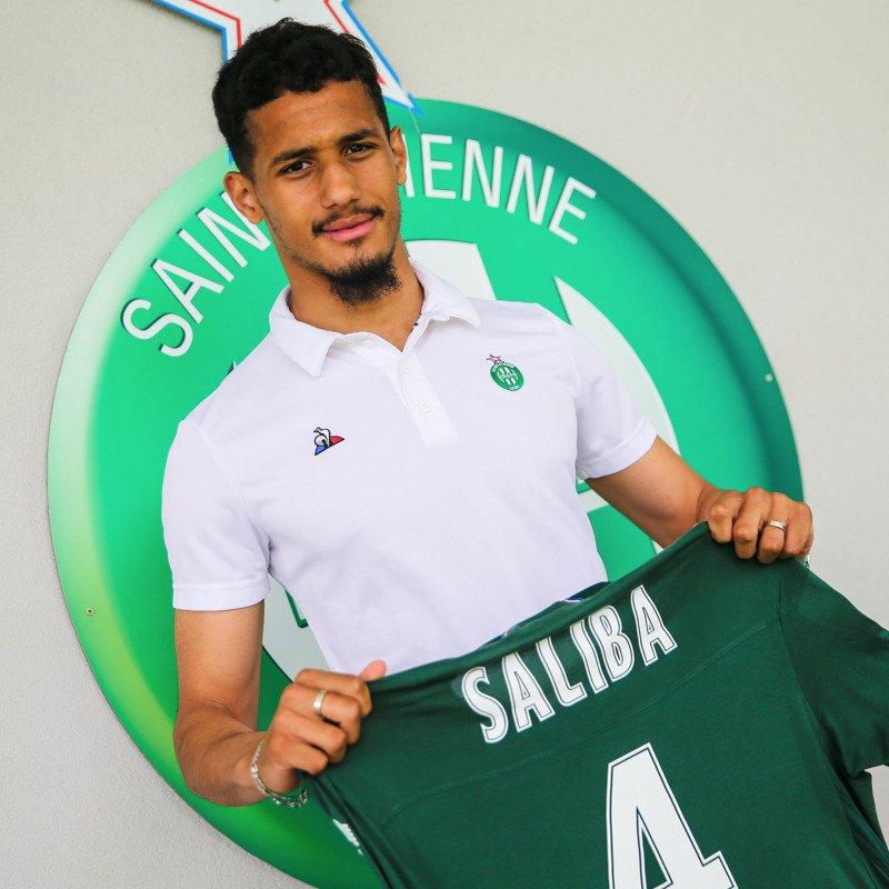 Saliba signe son premier conrat pro avec les Verts