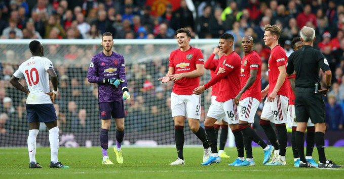 مانشستر يونايتد ينهي سلسلة انتصارات ليفربول بعد التعادل 1-1 في الأولد ترافورد 25