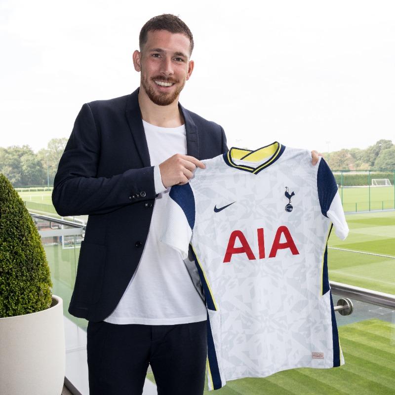 Höjbjerg  rejoint Tottenham