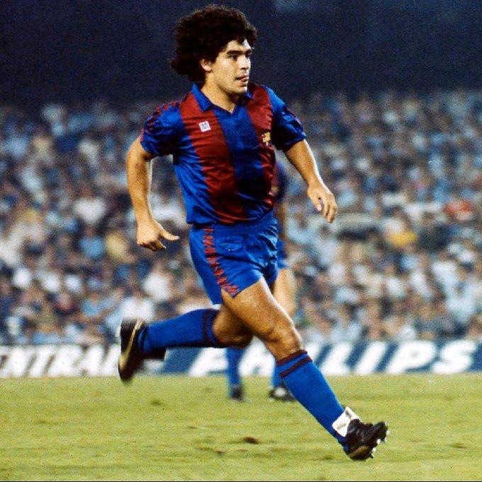 Diego Armando Maradona, así fue la vida del eterno '10'