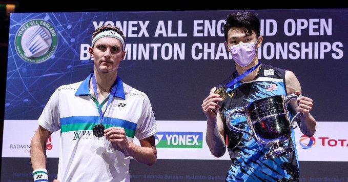 Viktor Axelsen runner up setelah dikalahkan Lee Zee Jia di final tunggal putra All England 2021
