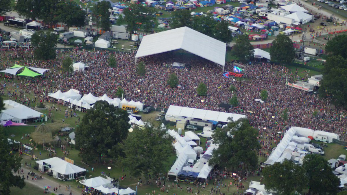 Thank you #Bonnaroo ❤️ See you next year! June 13-16, 2019 (save the date!) https://t.co/hKtsFQQMOT