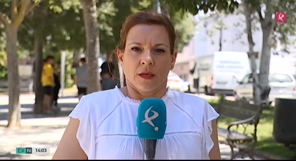 En #Badajoz, @policia investiga un intento de secuestro a una niña de 11 años en la barriada de #Llera. Según los vecinos, que están muy sorprendidos, es una zona tranquila donde todos se conocen. Los padres de la menor ya han presentado una denuncia #EXN https://t.co/Ro5o6PdmPw