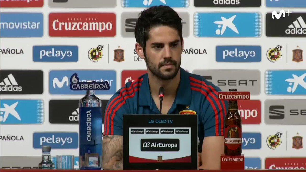 -A nivel personal, ¿es una buena noticia que Lopetegui sea entrenador del Real Madrid? -Isco: Sí. En momentos en los que no he tenido protagonismo en mi equipo, me ha dado toda su confianza.