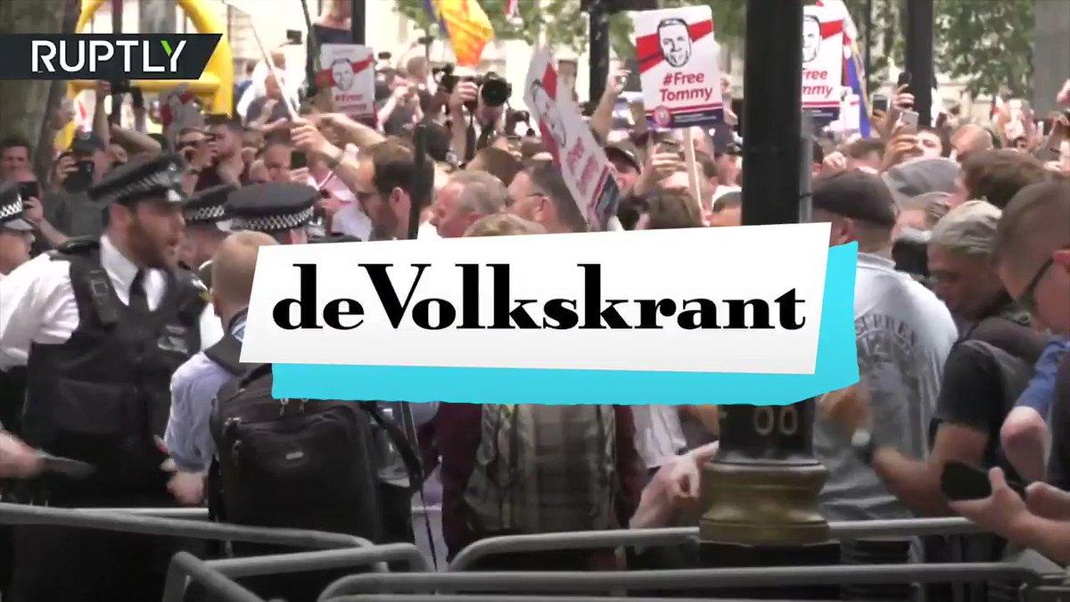Image for the Tweet beginning: Hoeveel rechtse betogers waren er