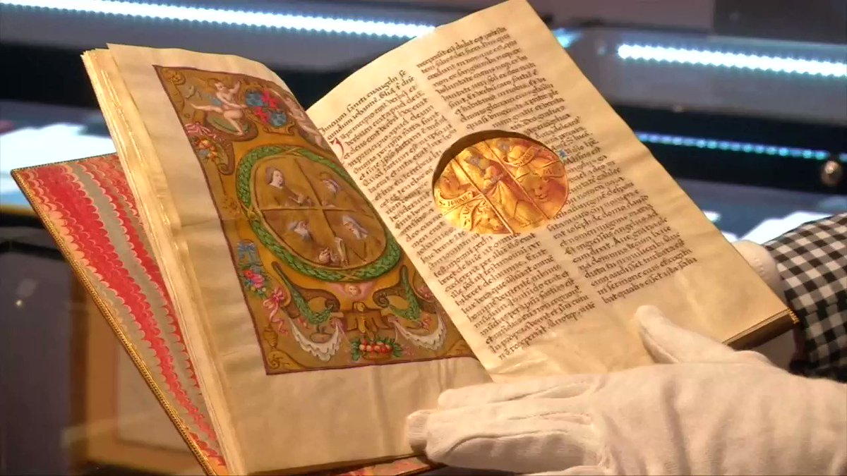 Medieval manuscript fetches $4.9 million at French auction https://t.co/uyeXKcy1ai