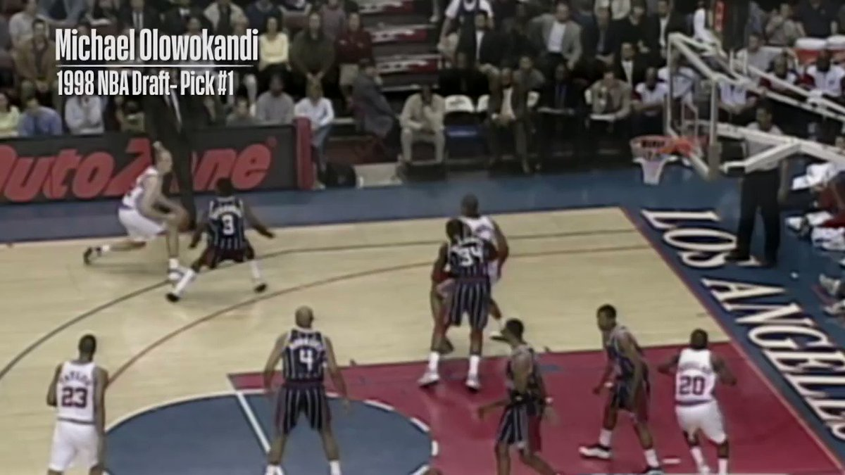 20 years later... the BEST ROOKIE PLAY from the 1998 @NBADraft first rounders! #NBAvault https://t.co/zg3LIZez3W
