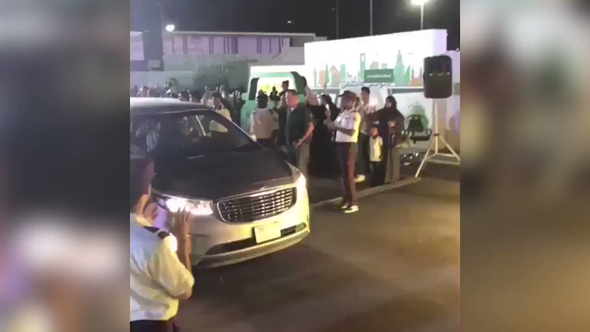 VIDEO: Scenes of celebrations and Arab ululations as women being to drive in #SaudiArabia. Read more on historic day of #SaudiWomenDriving: ara.tv/pz2uy