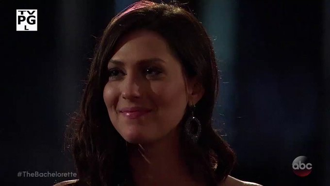 Bachelorette 14 - Becca Kufrin - Episode 6 - July 2nd - *Sleuthing Spoilers* - Page 2 DY383lCAkNAGCWqg