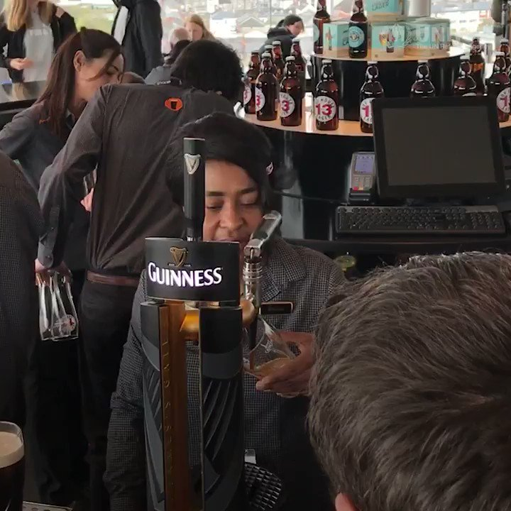 The home of Guinness gives refugees and asylum-seekers a new chance in Ireland 🍺 trib.al/GiLR3Ma