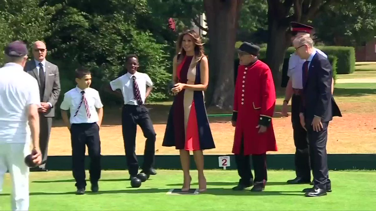 Melania Trump and Philip May enjoy a game of bowls in London https://t.co/Na1qwtK5ux
