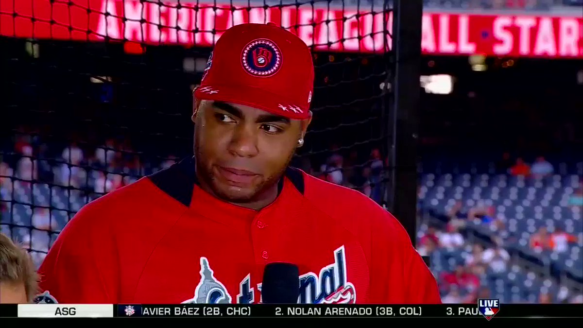 .@JAguilarMKE knows there are a lot of people watching him tonight! #HRDerby https://t.co/11MVNPiGGU