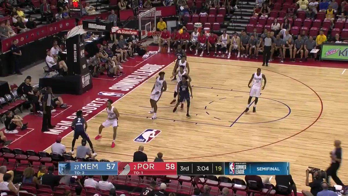 Kobi Simmons ➡️ Brandon Goodwin! ������  #NBASummer on ESPN2 https://t.co/HdRuLicdfb