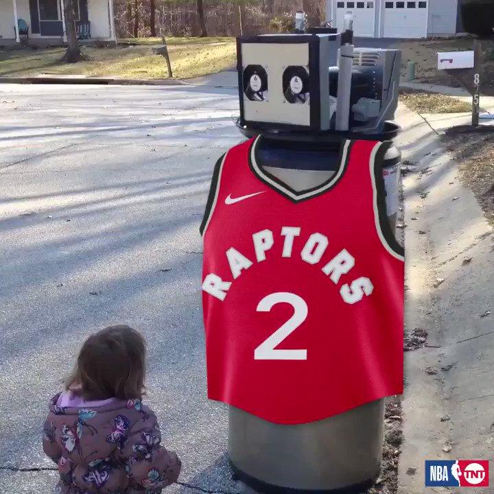 Toronto fans, meet your newest Raptor. 😂