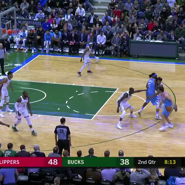 At #53 of the TOP 60 SWATS from the 2017-18 season... @Giannis_An34 of the @Bucks!   #NBABlockWeek #BESTofNBA https://t.co/AVHPU3cXZq