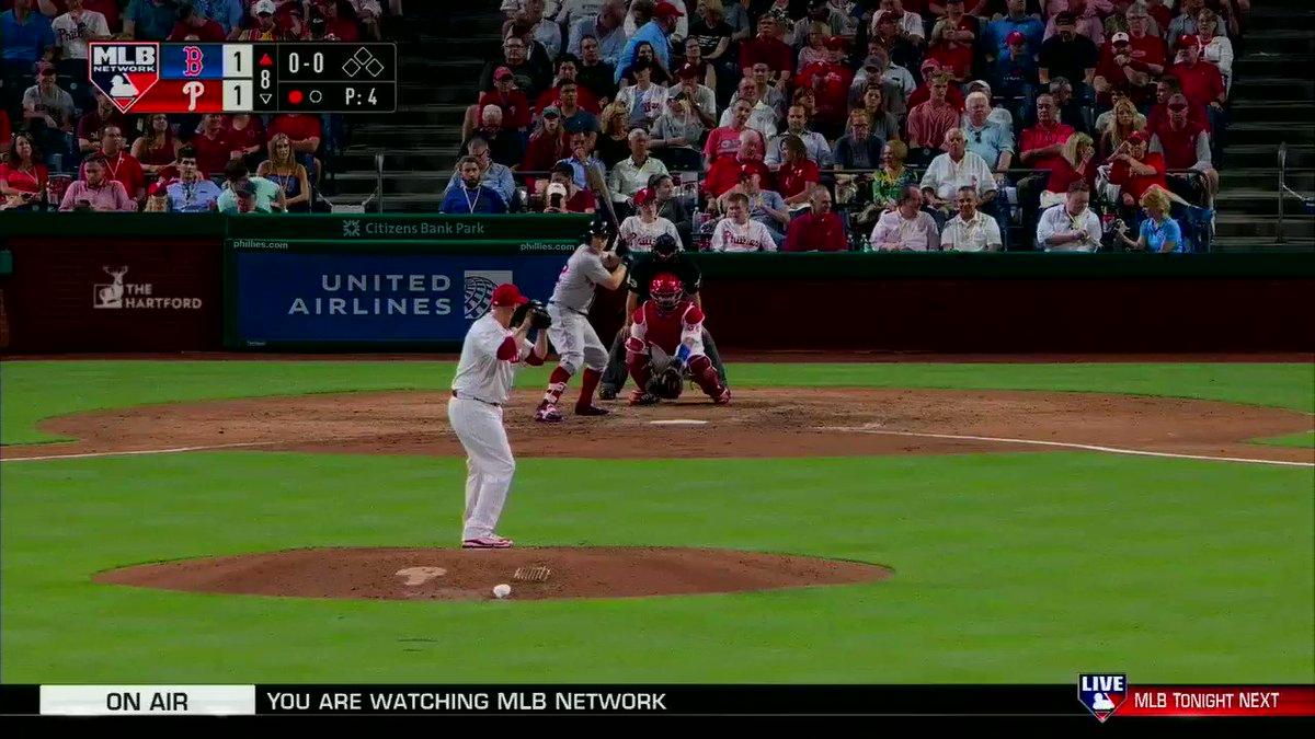 Brock Holt's pinch-hit homer gives the @RedSox a 2-1 lead! #MLBNShowcase https://t.co/uAVGi2QiEx